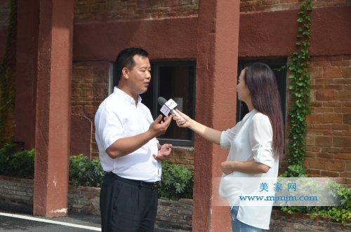 林伟先生接受央视记者采访图片
