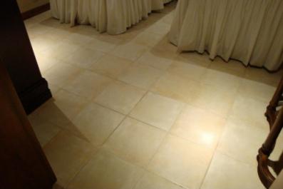 大理石地板砖价格多少钱一平方 大理石地板翻新流程有哪些