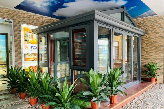 罗兰斯顿门窗引打造温馨家居,拥抱美好未来
